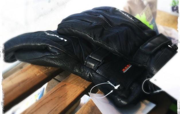Handschuh-Aktion